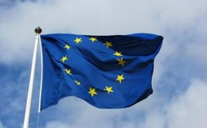 512px-European_flag_in_Karlskrona_2011